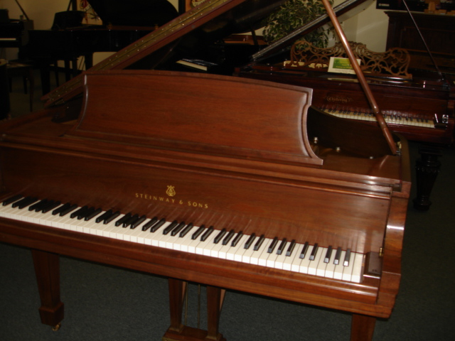 Steinway L Grand Piano